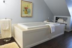 Salle-de-bain-ceramique-plancher-de-vinyle-peinture